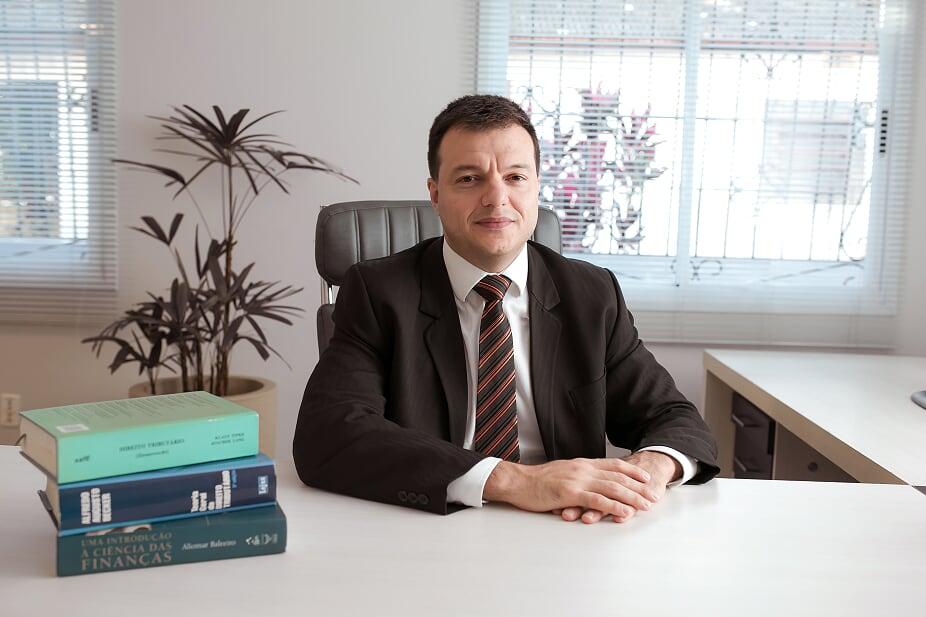 advogado sócio alexandre bainy